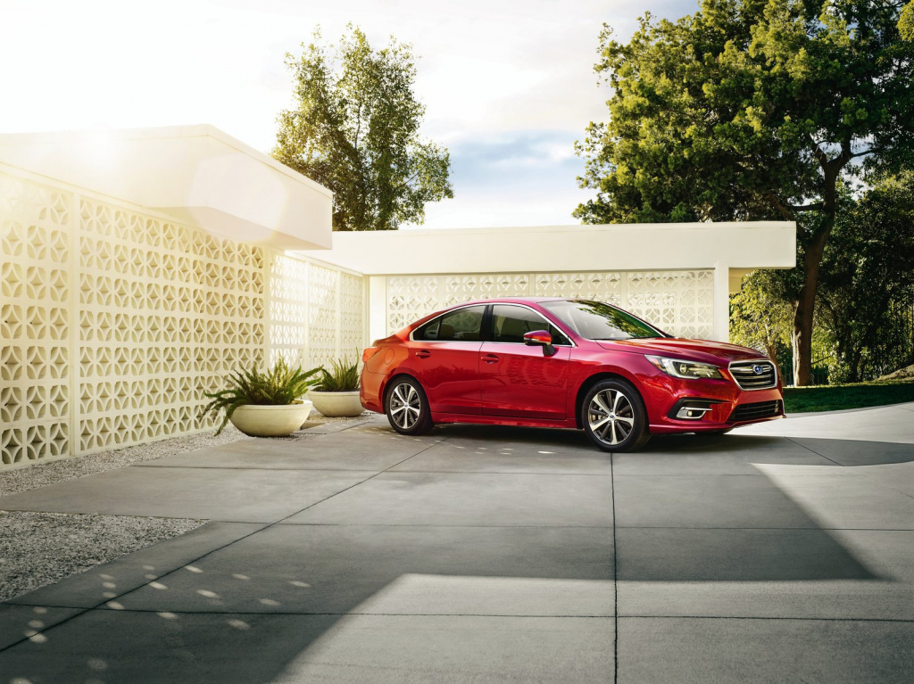 Премьера обновленного Subaru Legacy 2018 модельного года