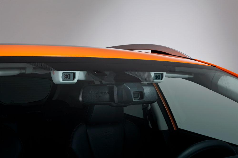 Cистема безопасности Subaru EyeSight появится в России в 2017 году